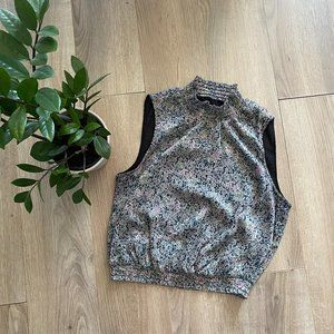 Guess Sleeveless Floral Cropped High-Neck Blouse
